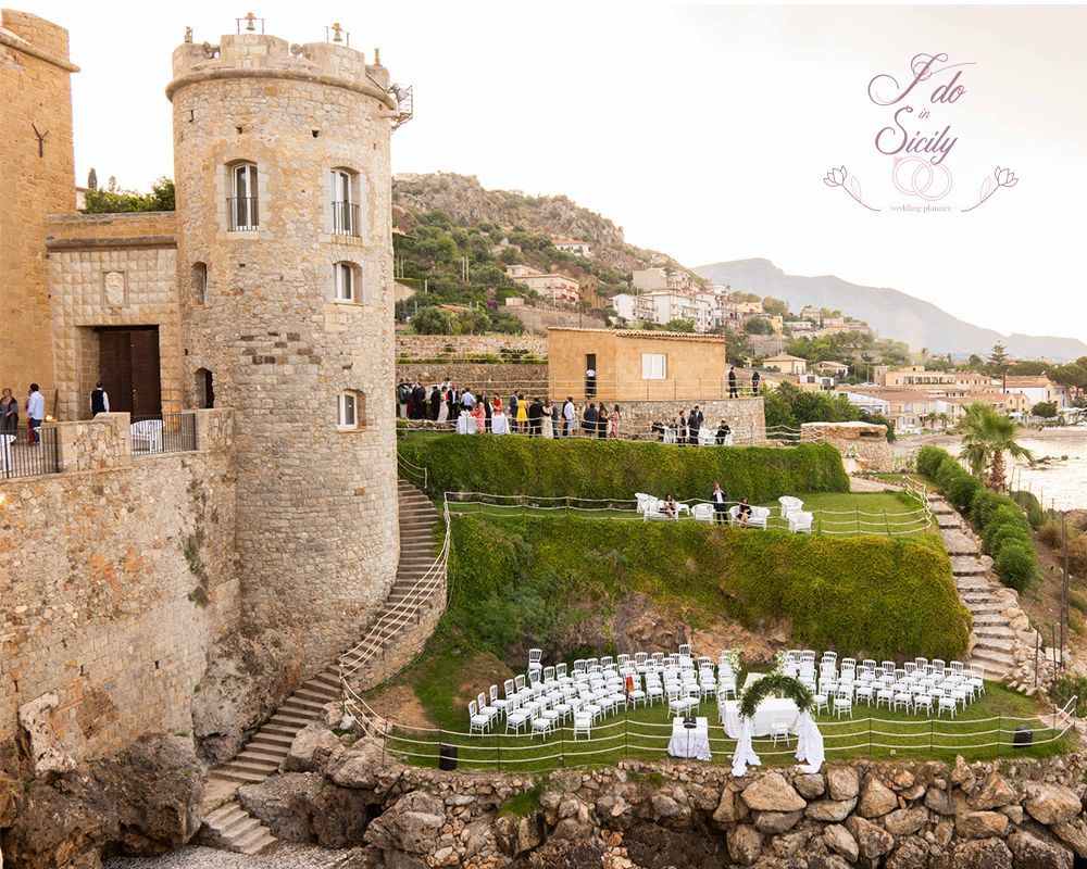 Il Castello a mare venue for your marriage in Sicily