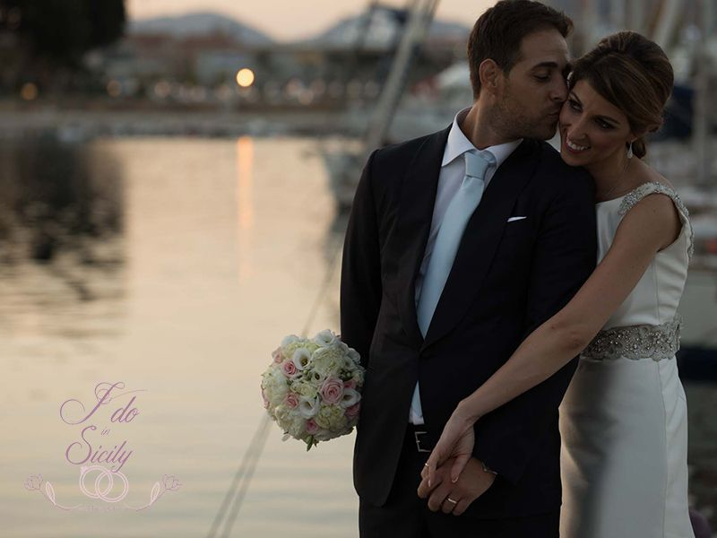 Bride and groom in Sicily | Sicily Wedding Planner